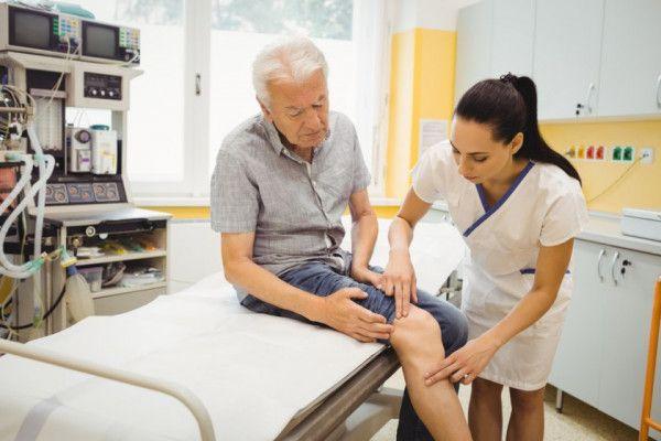 Dureri la sold 50 de ani dureri articulare intoxicație