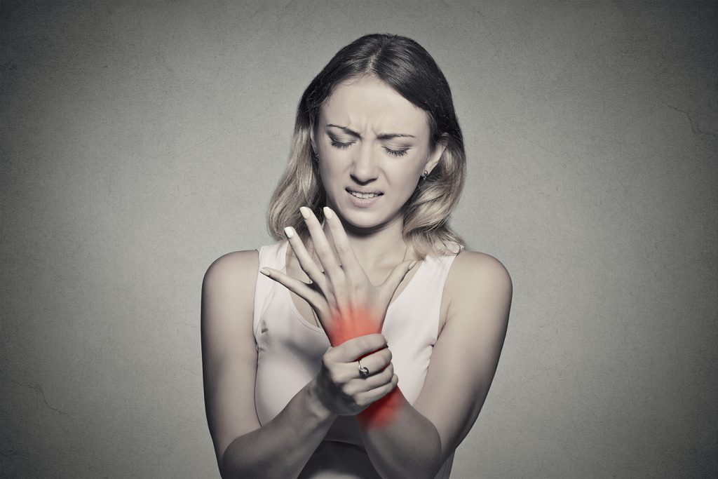 Sunt articulații tinere rănite tratament cu laser pentru artroza degetelor