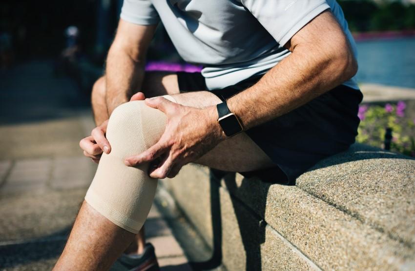 tratamentul eficient al sinovitei genunchiului articulație de cauciuc dur
