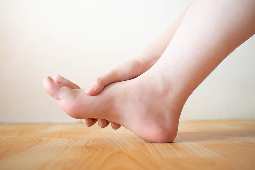 inflamația articulară la nivelul piciorului cum se tratează unguent pentru durere în articulații și picioare