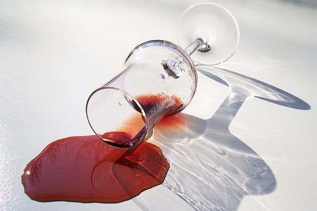 articulațiile rănite din vinul roșu Dureri articulare Torsunov