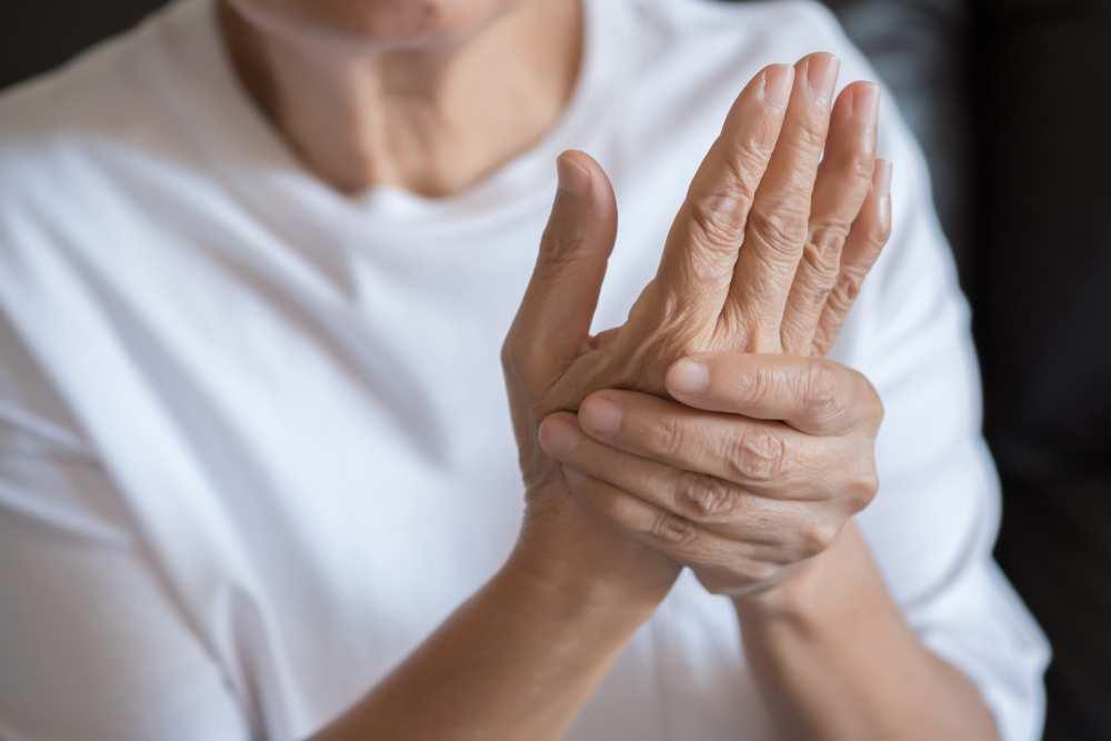 articulația degetului doare de la mouse hidrocortizon pentru tratamentul articular